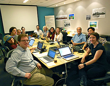 Smithsonian Digital Volunteers at a Wikipedia Editathon