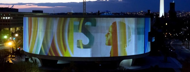 <br/>CASE STUDY. Doug Aitken, <em> SONG 1</em>, 2012
