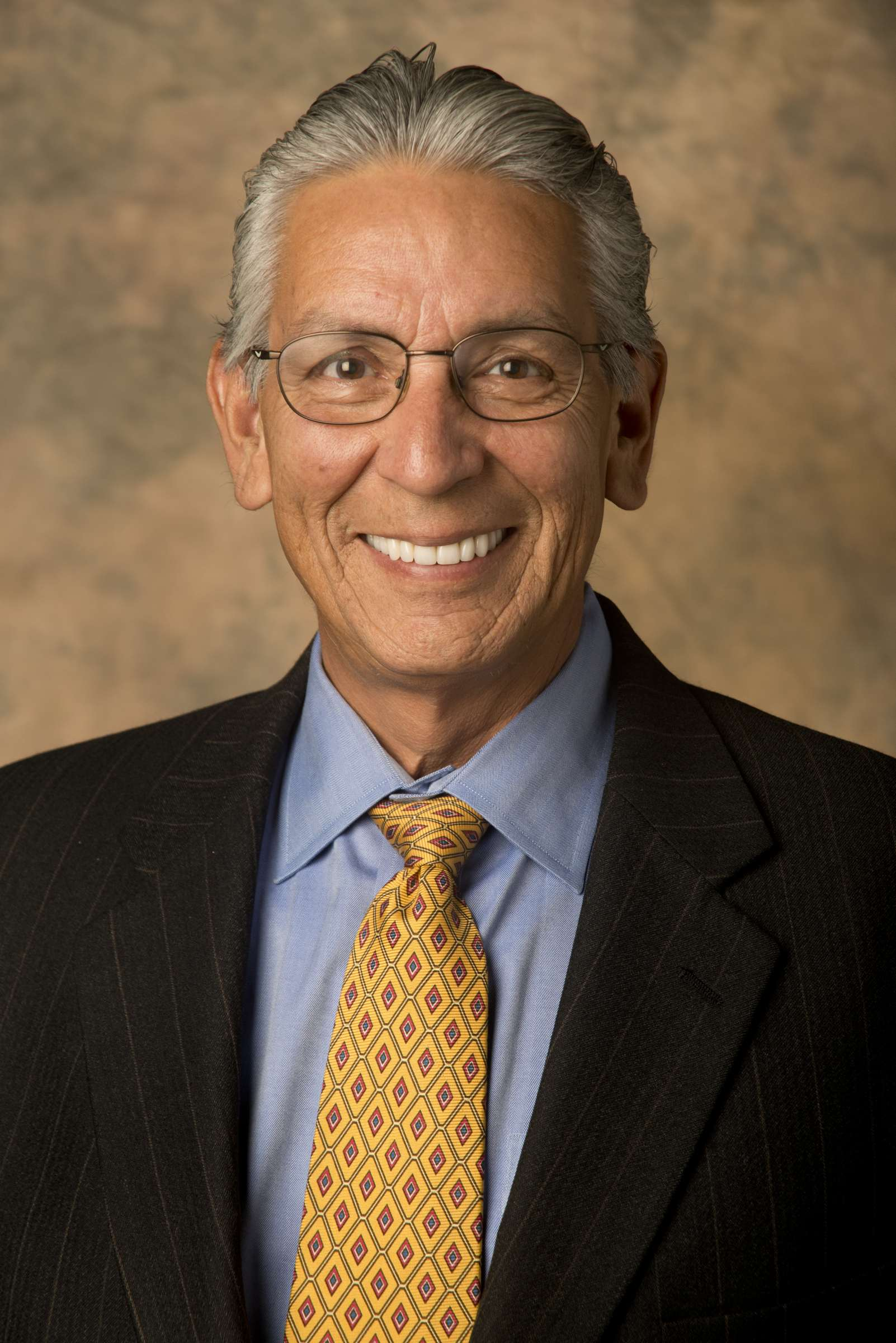 Kevin Gover headshot