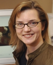 Head shot of Jennifer Roberts