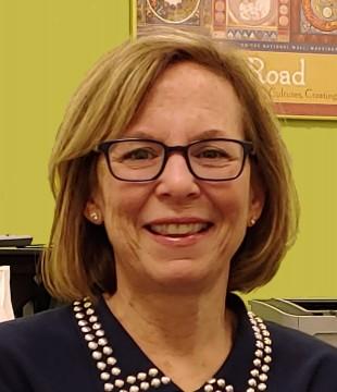 Headshot of Katie Desmond