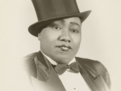 Gladys Bentley in top hat.