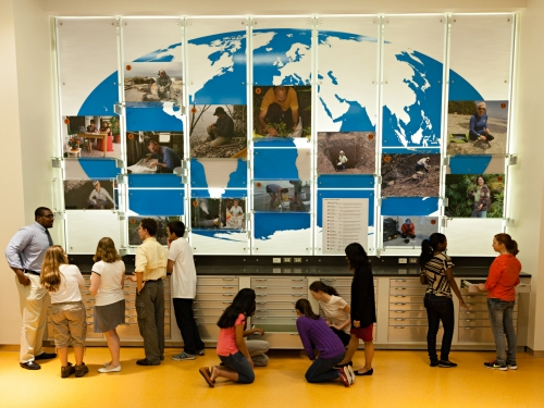 Visitors in Q?rius Education Center, National Museum of Natural History. Photo by James DiLoreto