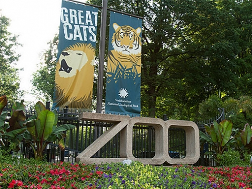 National Zoo entrance
