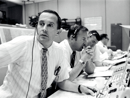 Apollo 13 team