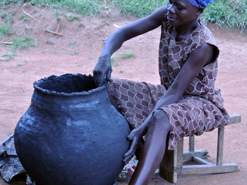 Pottery making in western Kenya