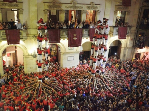 People building castells or human towers