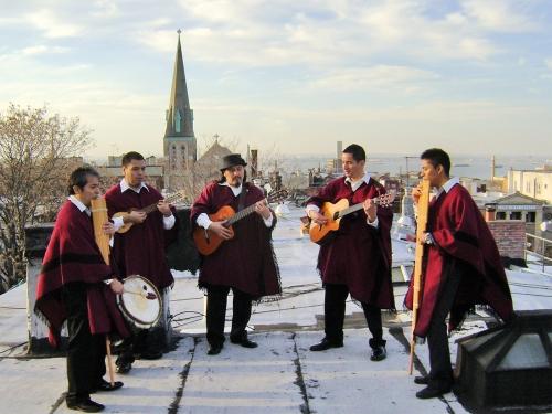 Members of Andean performing group