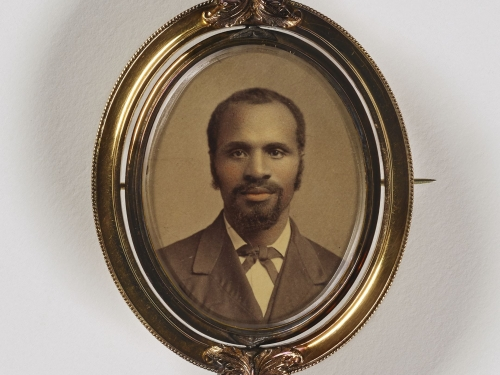 Small portrait of a man