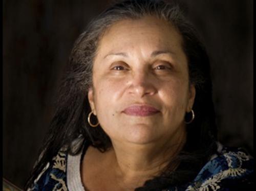 Sandra María Esteves