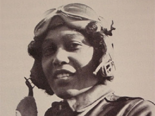photo of early female aviator