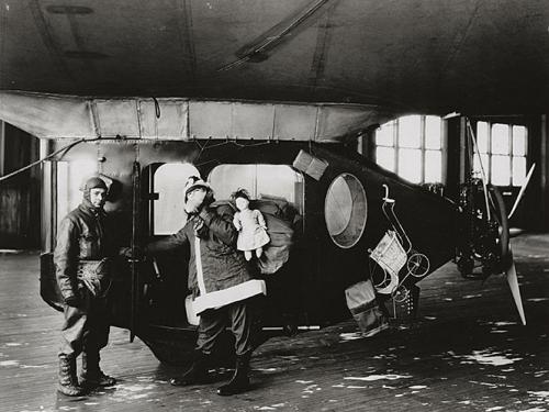 """""""Santa Claus Express"""" Goodyear Airship, 1925"""