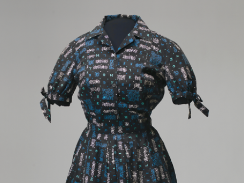 Outfit worn by Carlotta Walls