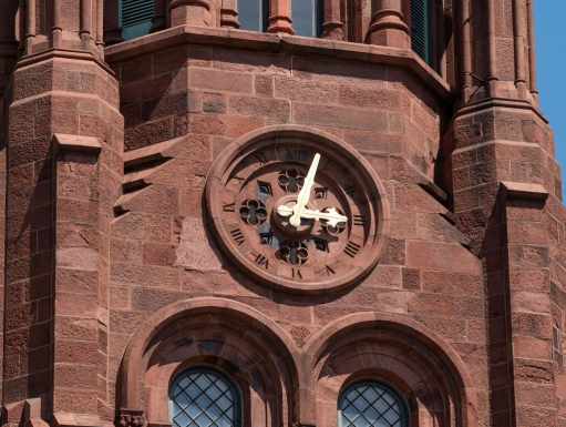 Clock on the Smithsonian Castle