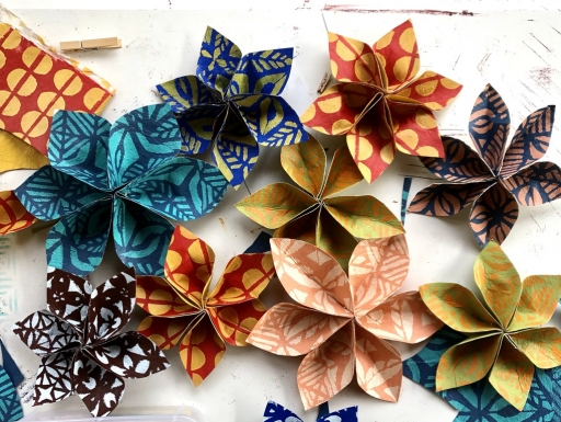 Flowers made of cloth