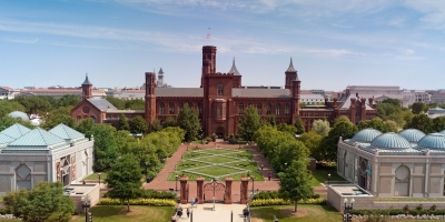Aerial view of Castle and surrounding Smithsonian museums.