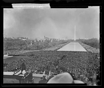 Crowd on the National Mall at Marian Anderson concert