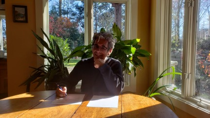 Chase Robinson signs memorandum of understanding
