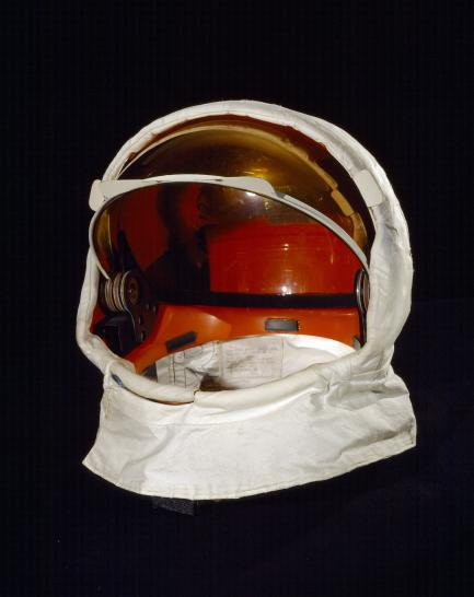 Helmet visor
