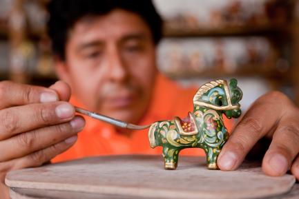 An Ayacucho artist