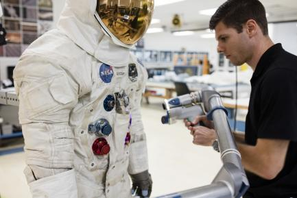 3-D Scanning Neil Armstrong's Apollo 11 Spacesuit