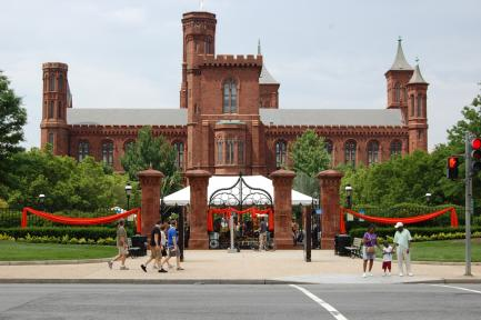 Smithsonian Castle and Enid Haupt Garden