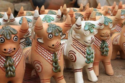 Handmade bull figurines