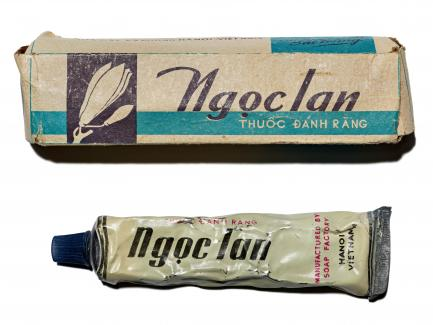 toothpaste tube and box