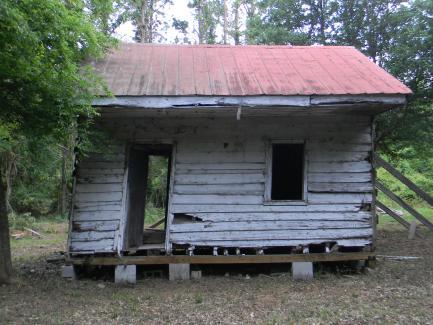 dilapidated cabin