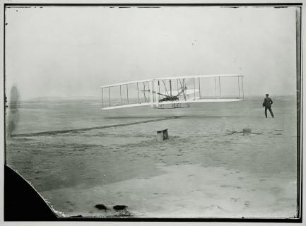 1903 Wright Flyer in Flight