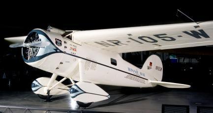 Time and Navigation - Lockheed Vega 5C Winnie Mae