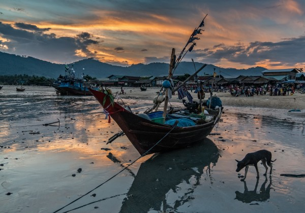 Myanmar fishing boat
